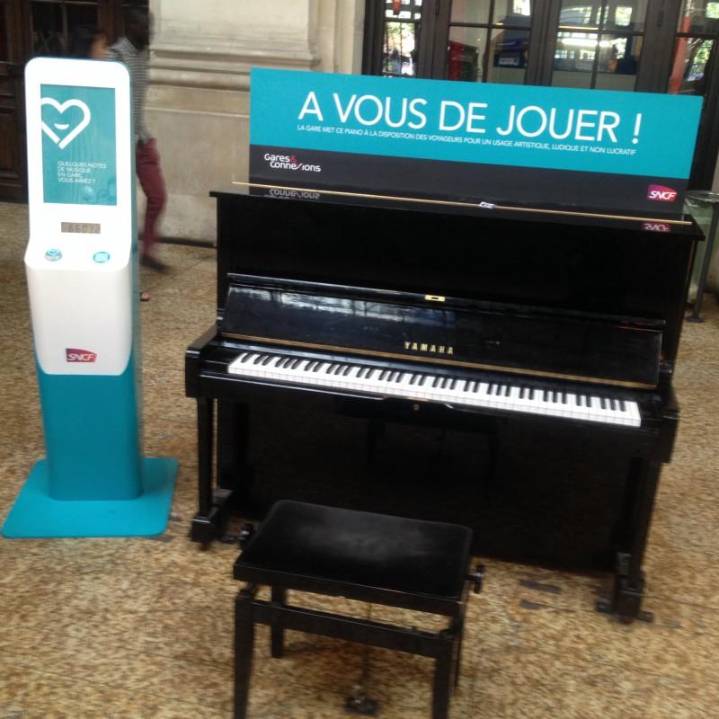 Bordeaux, SNCF, Piano